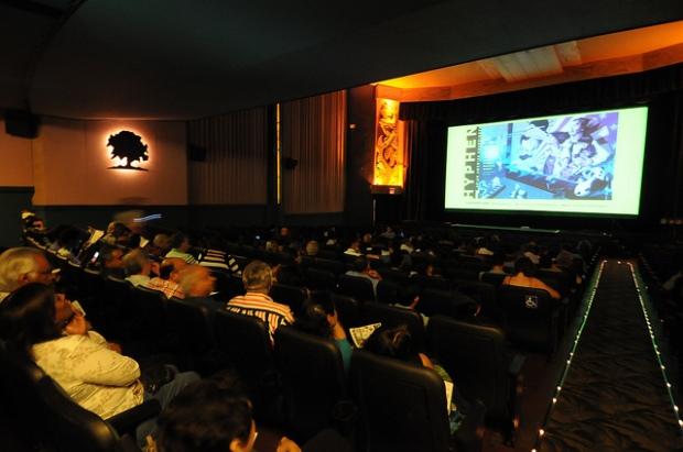 Slant11-Theater-640